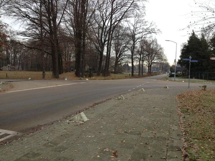 Kruising Steengroeveweg en Bataafseweg in Winterswijk.