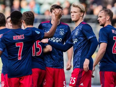 LIVE: Dolberg loodst Ajax met hattrick voorbij Scheveningen