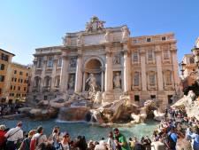 Ruzie over miljoenen munten in fontein Rome: 'Niet langer naar armen'