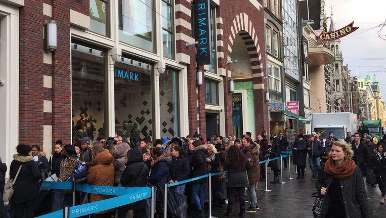 De zogenoemde flagshipstore is de zestiende vestiging van de winkelketen in Nederland. Beeld Josien Wolthuizen