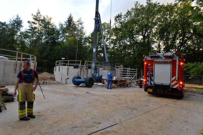De gewonde viel in het rechter waterbassin van Vitens in Apeldoorn