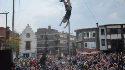 Fotowedstrijd rond circus- en straattheaterfestival De Donderdagen