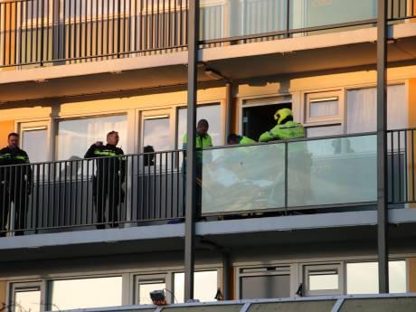 Vrouw aan Papsouwselaan neergestoken, twee mannen aangehouden