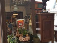 Vintage- en antiekwinkel De Brocanterie verhuist van Nijmegen naar Elst