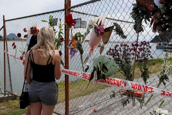 Een herdenkingsplek voor de slachtoffers van de vulkaanuitbarsting.