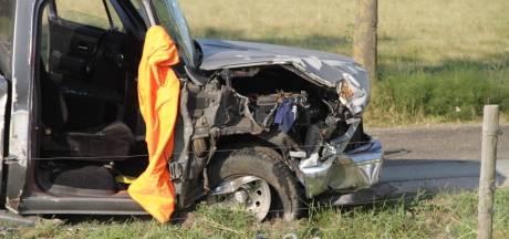 Bijrijder bekneld bij ongeluk in Putten