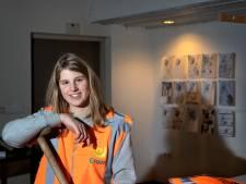 Designstudente Cécile Espinasse studeert af op groenproject in Gestel in Eindhoven