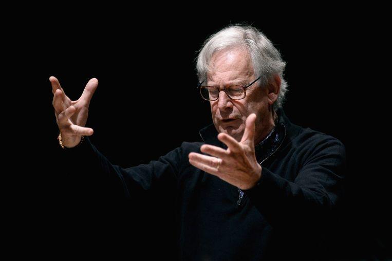 De Engelse oudemuziekspecialist John Eliot Gardiner bij een eerder concert. Beeld Getty