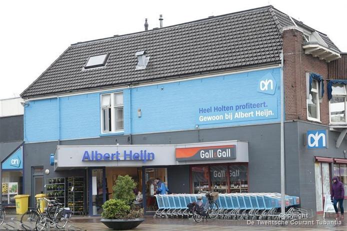 Albert Heijn en de Coop supermarkt in Holten willen graag open op zondag