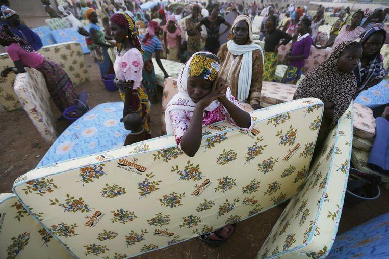 Nigerianen in het noorden zijn hun huizen ontvlucht uit angst voor aanvallen van Boko Haram. Beeld ap