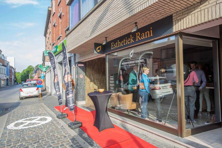 De zaak van Rani in het centrum van Lennik.
