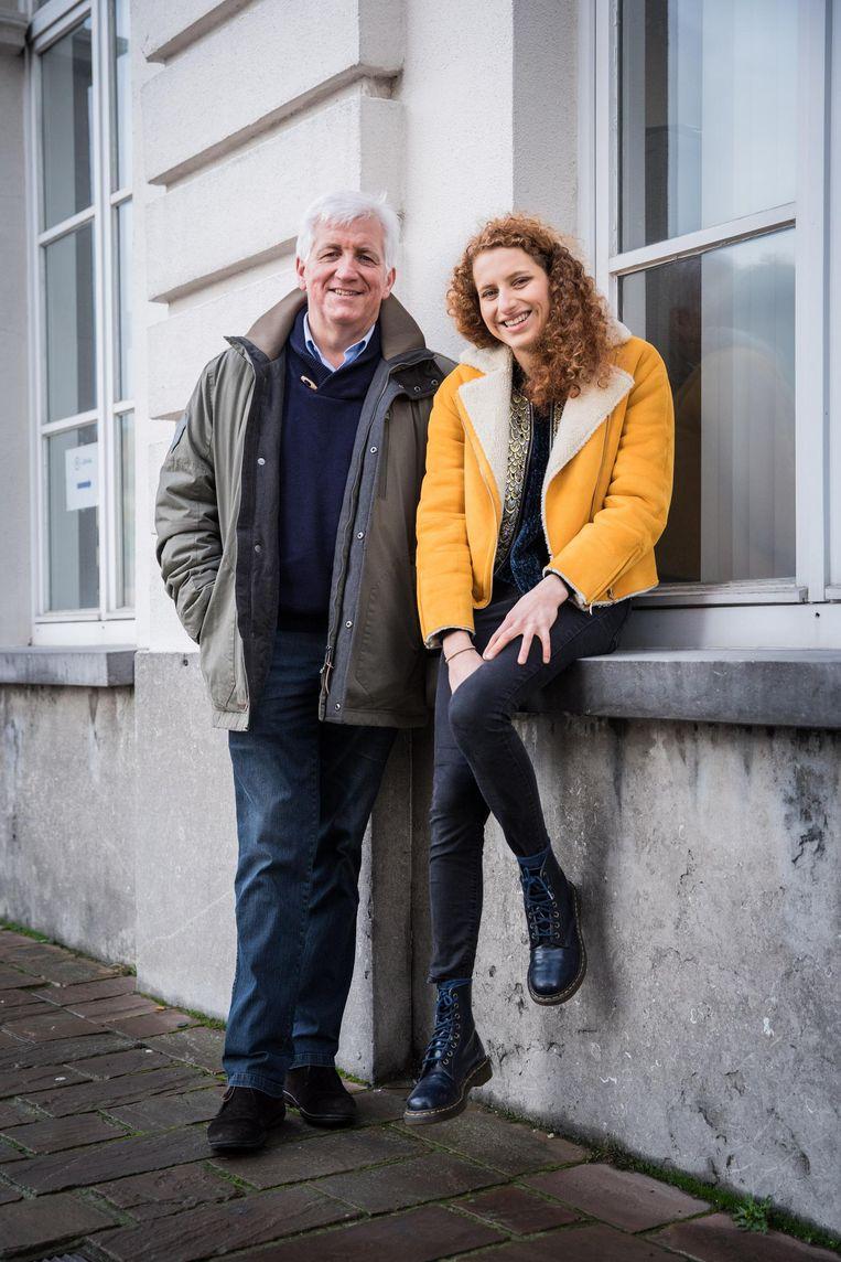 Tom Bauwens en zijn dochter Elise vertrekken naar New York om er de vrouw te ontmoeten die Toms vader gered heeft tijdens de Tweede Wereldoorlog.