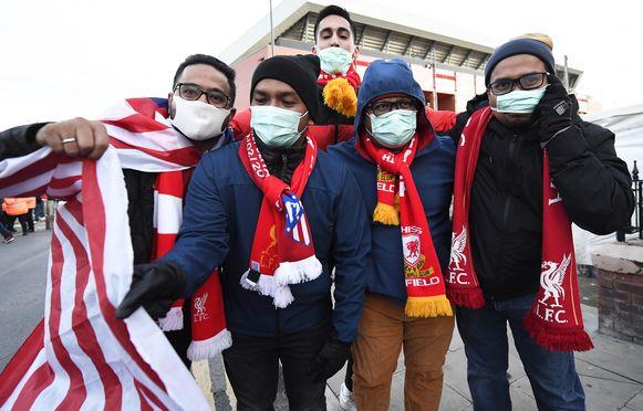 Atlético-fans met mondmasker op die bewuste 11 maart.