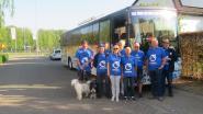 Met zelf omgebouwde autocar naar Kroatië: Hoptimisten steunen home voor ouderen die familie verloren zijn door oorlog
