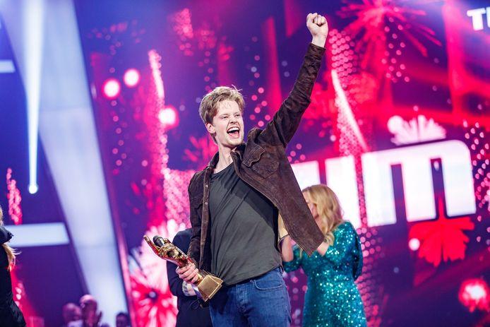 Jim van der Zee wint de finale van het afgelopen seizoen van the Voice of Holland.