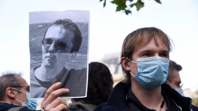 """Politieoperaties tegen """"tientallen personen"""" na onthoofding van leraar in Frankrijk: """"Er is duidelijk fatwa uitgesproken"""""""