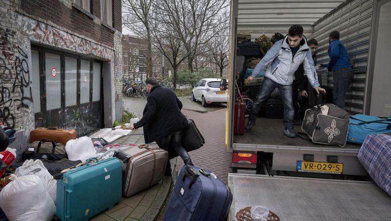 In totaal zitten nog 689 asielzoekers in de locaties Flierbosdreef, Havenstraat, Schiluidenlaan en Groenhof. Beeld Rink Hof