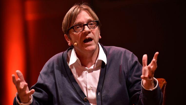 Guy Verhofdstadt bij de voorstelling van zijn nieuwste boek 'De ziekte van Europa'.