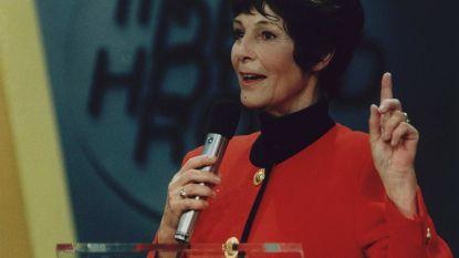 Mies Bouwman overleden: de koningin van de Nederlandse televisie in vijf momenten