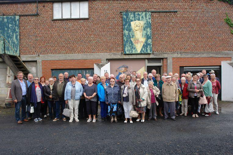 S-Plus Zillebeke trok naar Nederland op uitstap en hield op de terugtocht halt aan het atelier van wijlen Nesten.