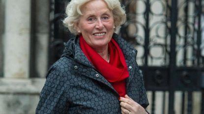 """Vrouw wil na 40 jaar scheiden omdat ze gevangen zit in """"liefdeloos huwelijk"""". Ze mag niet van rechter"""