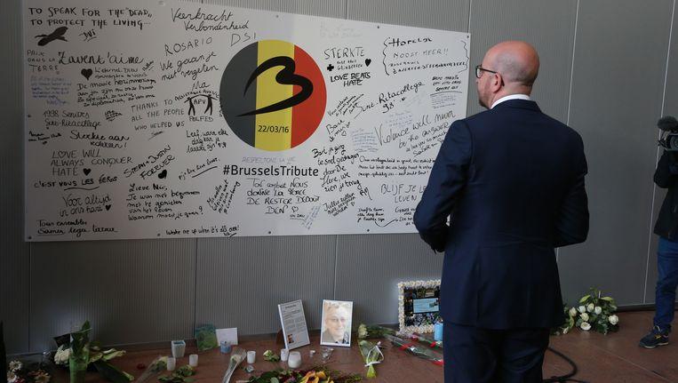 Premier Michel nam de tijd om eer te bewijzen aan de slachtoffers van de aanslagen van 22 maart.