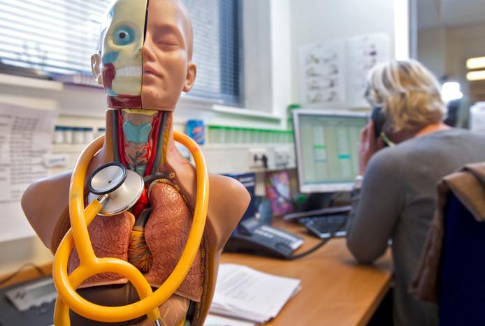 Artsen zijn te veel tijd kwijt met het doen van administratie.
