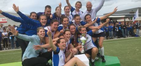 Korfbalsters Be Quick  winnen nationale veldtitel