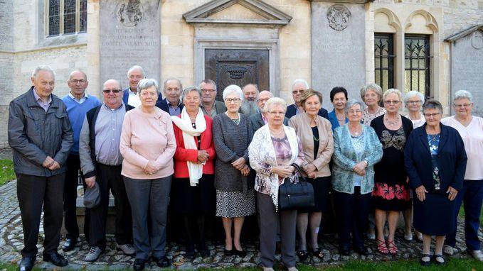 75-jarigen houden reünie in De Wase Wis