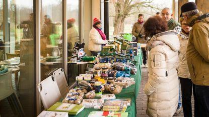 Winterse vogelmarkt in Bourgoyen