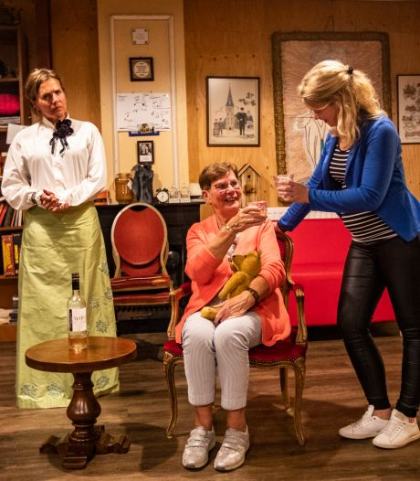 Bathmense toneelspelers laten Cultuurhuus Braakhekke niet stikken