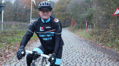 Al halve eeuw hoffelijk op de fiets