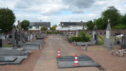 Werken op Iddergemse begraafplaats klaar, voorbereidingen voor ontruimingen op begraafplaats Denderleeuw van start