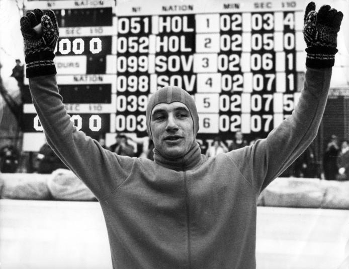 Kees Verkerk wint goud tijdens de Olympische Winterspelen in het Franse Grenoble.