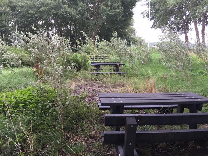 De gesloten parkeerplaats 't Vaerland langs de A59 bij Waspik.