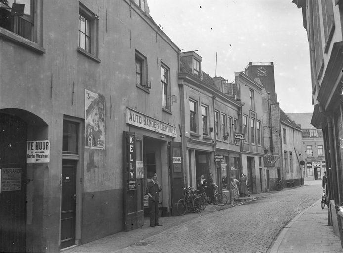 Korte Viestraat in 1935.