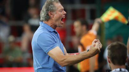 Sclessin omarmt Michel: in alweer pure emotie sleepten de Rouches drie punten over de streep