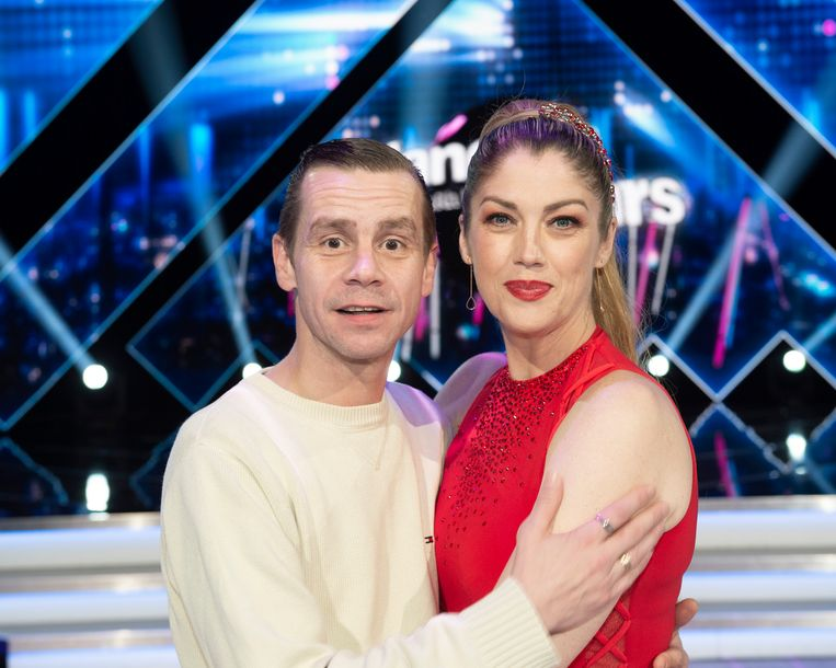 Kelly Pfaff - hier met echtgenoot Sam Gooris - gooit momenteel hoge ogen in 'Dancing with the Stars'.