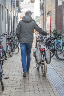 Nieuwe overdekte stalling moet vanaf 2023 fietsenchaos in binnenstad Zwolle voorkomen