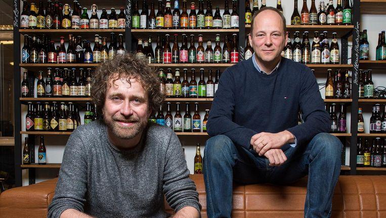 'In onze winkel is Heineken één van de vele brouwers,' zegt manager Hans Böhm (rechts) Beeld Mats van Soolingen