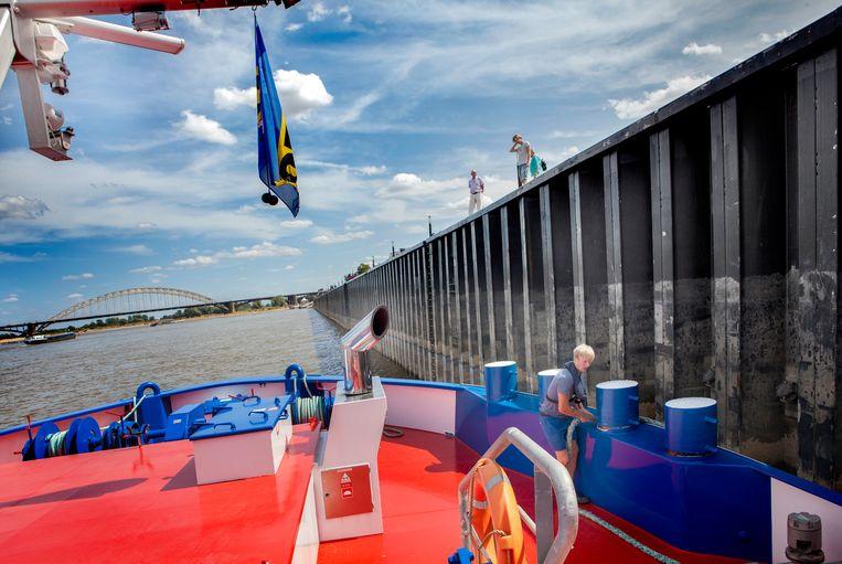 Onderweg naar Nijmegen waar wordt aangelegd. Beeld Maarten Hartman