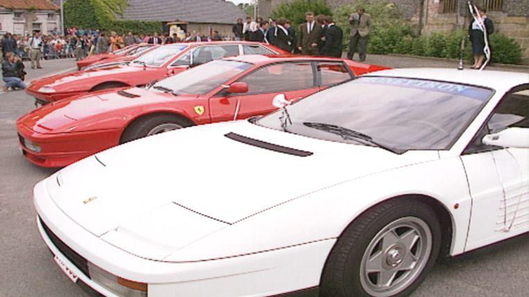 Van Rossem pocht met zijn Ferrari's tijdens zijn derde huwelijk in 1990.