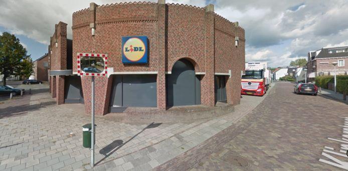 De Lidl-vestiging in 's-Heerenberg op de hoek van de Klinkerstraat-Emmerikseweg.