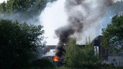 UPDATE + VIDEO: Bandenfabrikant Varec opnieuw getroffen door zware brand