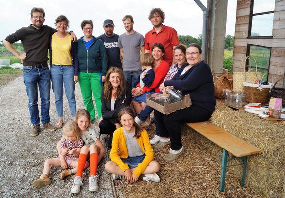 Het team achter vzw WOP! We zien Bert Reubens, Lies Huys, Karen Ver Eecke, Thari Verloove, Sonja Van Bruwaene, Wim Moyaert, Marijn Alliet, Stijn Cottenier, Lien Vansteenbrugge en Suzanne Bosmans.