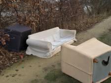 Johan wordt er moedeloos van: weer meubelen gedumpt in Almelo