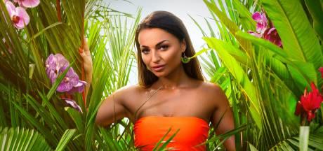 Papendrechtse Mira (20) brengt mannen het hoofd op hol in Temptation Island