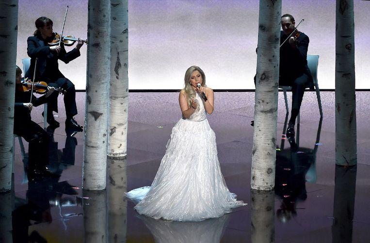 Lady Gaga trad op tijdens de uitreiking. Beeld afp