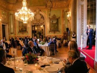 Commotie in Spanje: ministers en andere toplui vieren een dag na afkondiging noodtoestand alweer feest