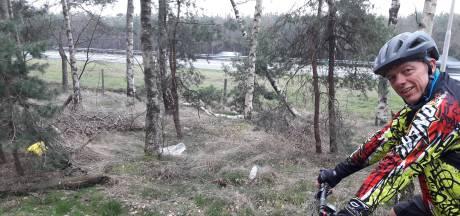 Afvalopruim-actie langs parcours mountainbikeroute Stadsbos013